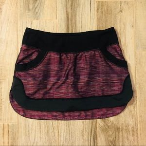 Lululemon golf tennis skirt with pockets size 4